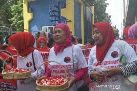 PDIP gelar tabur bunga peringati peristiwa 27 Juli