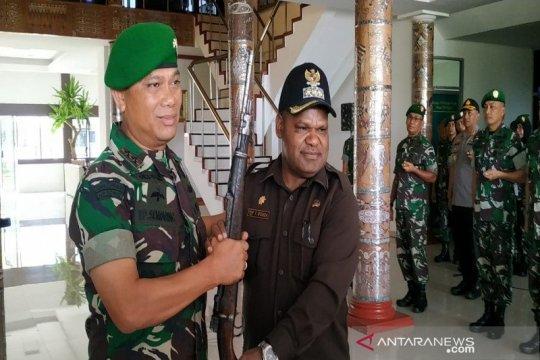 Kapendam Cenderawasih sebut senjata KKSB dari banyak sumber