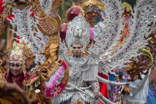 Solo Batik Carnival XII