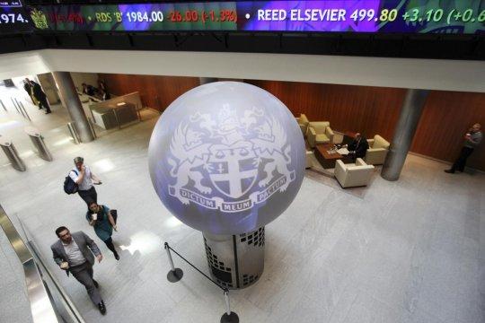 Indeks FTSE-100 Inggris berakhir turun 0,90 persen