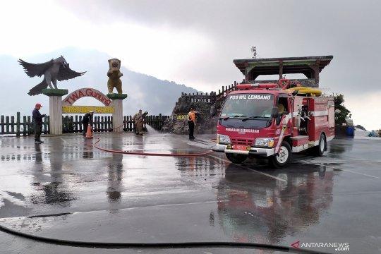 30 truk disediakan angkut abu vulkanik Tangkuban Perahu
