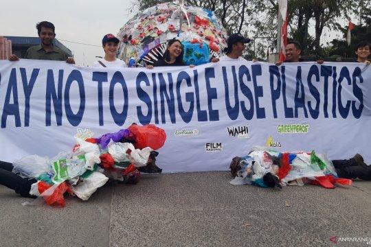 Walhi: perlu kebijakan tegas atasi masalah plastik sekali pakai