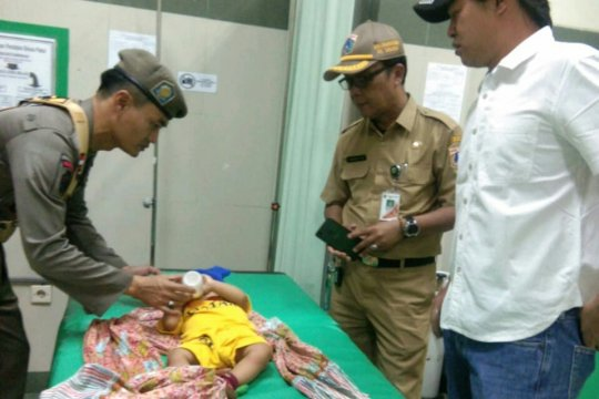 Warga Teluk Gong dikejutkan penemuan bayi yang diduga dibuang ibunya