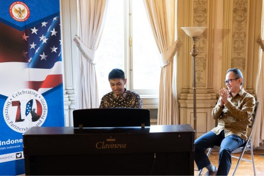 Pemusik muda Indonesia menangi kejuaraan piano di Amerika Serikat