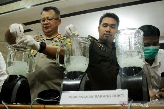 Polrestabes Makassar gagalkan peredaran 1,3 kilogram sabu
