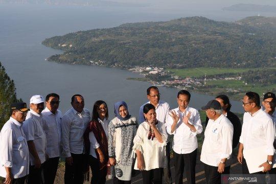 Presiden kunjungi Danau Toba