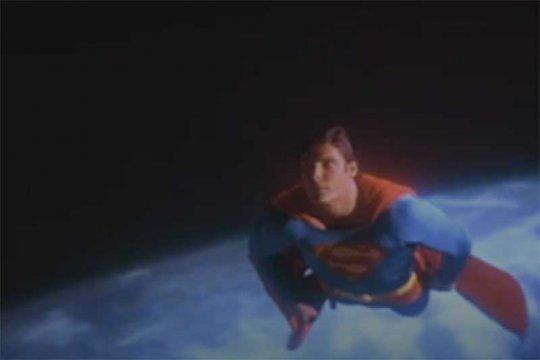 "Penulis skenario ""Avengers: Endgame"" ingin garap film ""Superman"""