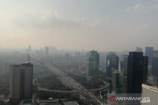Hingga Selasa siang, kualitas udara ibu kota masih tidak sehat