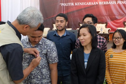 Ganjar Pranowo lantik agen antikorupsi dari kalangan anak muda