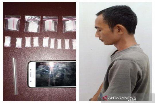 Polisi ringkus warga simpan 24 paket sabu-sabu siap edar