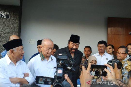 Surya Paloh jenguk Syafii Maarif di Sleman