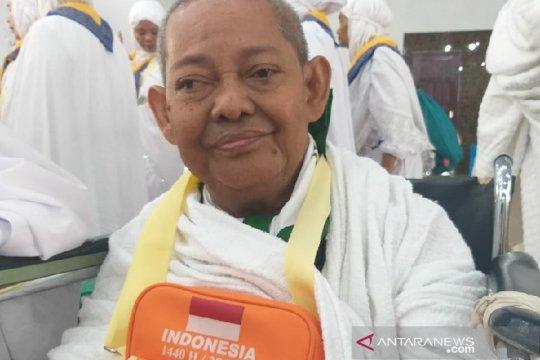 Mantan dosen USU sisihkan uang pensiun untuk ke Mekkah