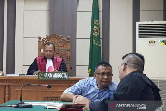Mantan Direktur RSUD Kraton didakwa rugikan negara Rp4,2 miliar