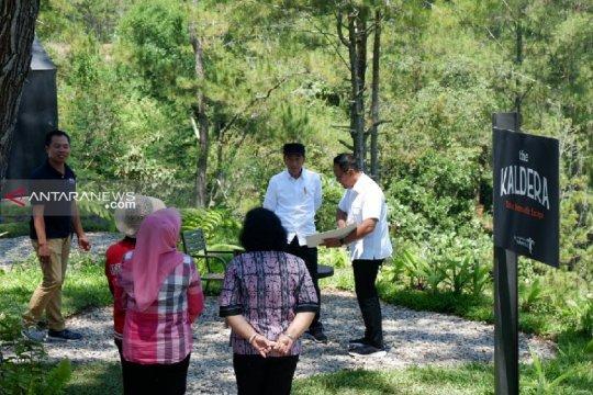 Hotel berbintang berdampak positif untuk petani di sekitar Danau Toba