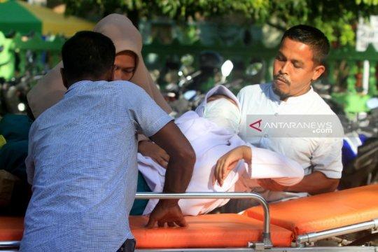 Tujuh siswa di Aceh Barat sesak napas dan pingsan akibat kabut asap