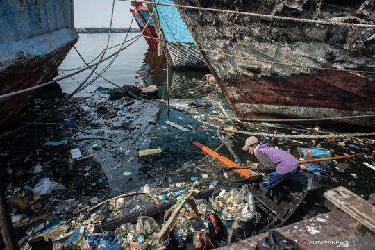 Salah urus persampahan di Jakarta