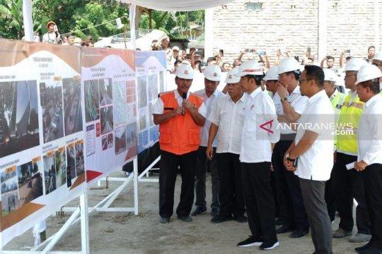 Presiden : Jalan lingkar Pulau Samosir selesai akhir
