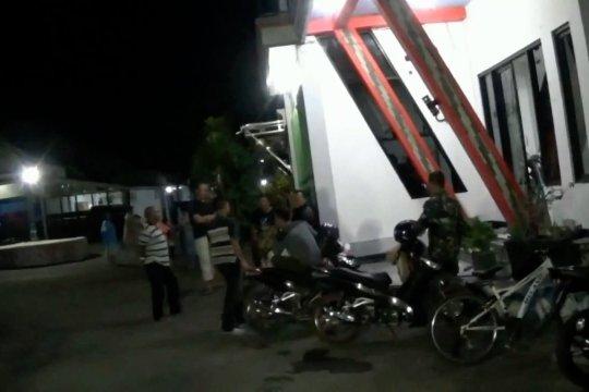 Densus 88 geledah rumah terduga teroris di Ponorogo