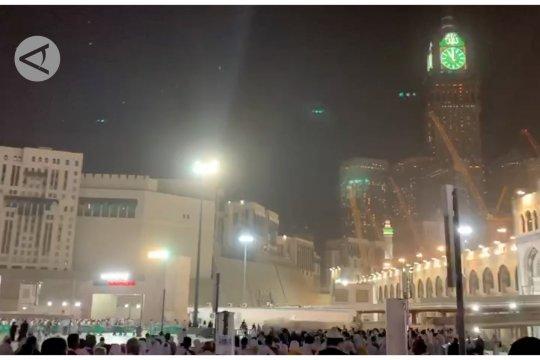 Shalat khusuf saat gerhana bulan di langit Mekkah