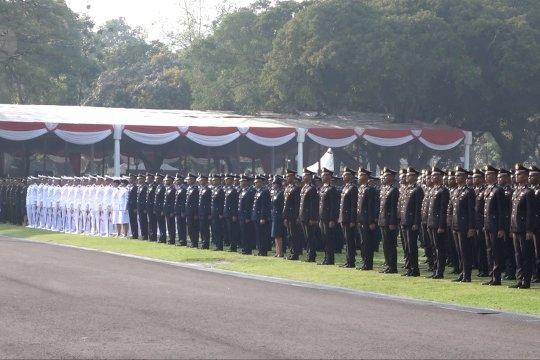 Presiden lantik 781 perwira TNI Polri 2019