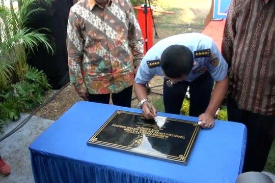 KSAU resmikan Monumen Pesawat F-5 Tiger di Bandung