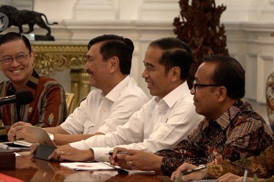 Presiden Jokowi terima kunjungan CEO Softbank di Istana