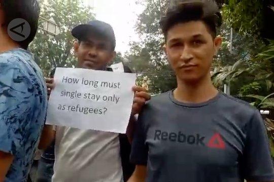 Para pencari suaka kembali demo UNHCR