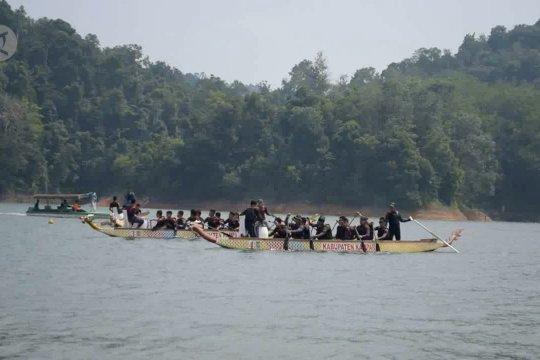 11 Negara ikuti Kampar International Dragon Boat Festival