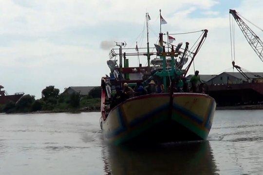2.183 kapal ikan belum urus izin