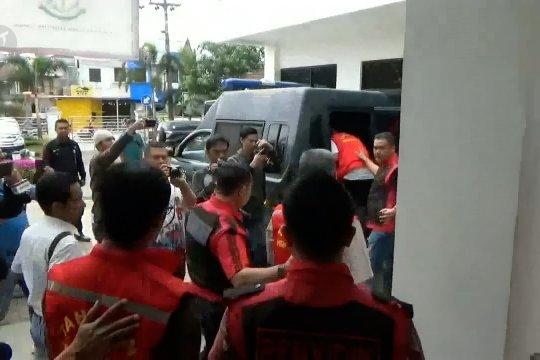 Diduga korupsi anggaran BBM, Kejari Bandung tahan 3 ASN KBB