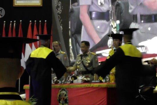 Kapolri wisuda 306 sarjana lulusan Akpol
