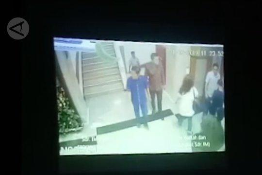 Ke Rumah Sakit MMC, Idrus Marham tidak diborgol