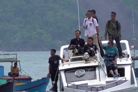 Dialog Susi Pudjiastuti dengan nelayan Anambas