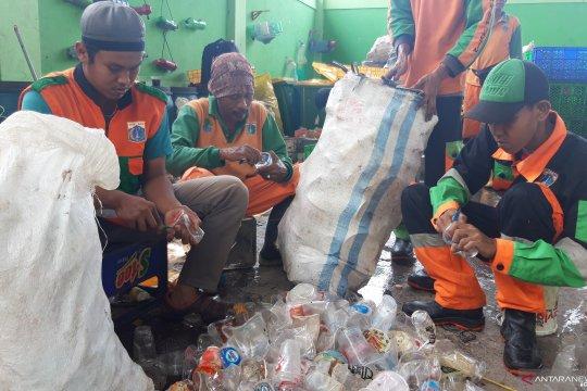 TPS Penggilingan kirim hingga 1,2 ton sampah ke BSI per hari