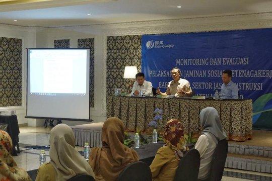 Pemkab Mojokerto minta pemenang proyek daftar BPJS Ketenagakerjaan