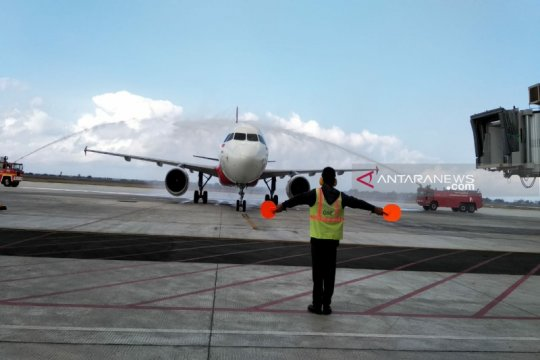 AirAsia mendarat perdana di Bandara Internasional Yogyakarta
