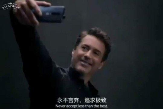 Jadi duta OnePlus, Robert Downey Jr kepergok pakai Huawei P30 Pro