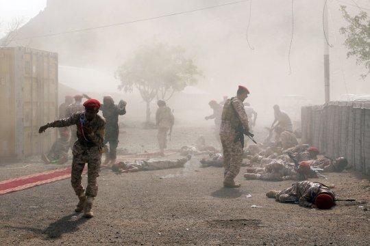 Gerilyawan Al-Houthi serang parade militer, 25 tewas di Aden, Yaman