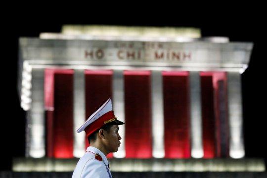 Mantan menteri informasi Vietnam divonis penjara seumur hidup