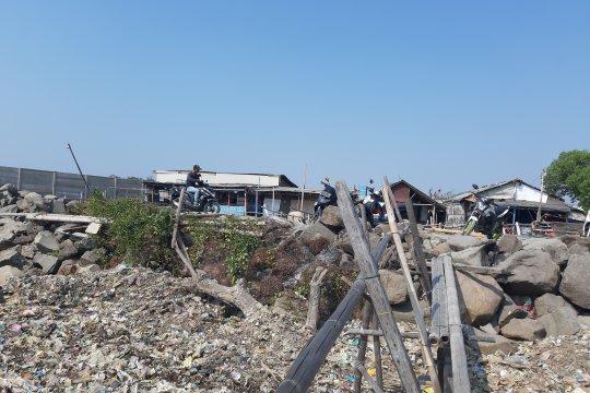 Warga Kampung Marunda Kepu kesulitan dapat air akibat kemarau