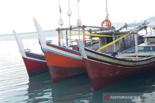 Pemerintah diserukan tindak tegas pengguna  trawl dan cantrang