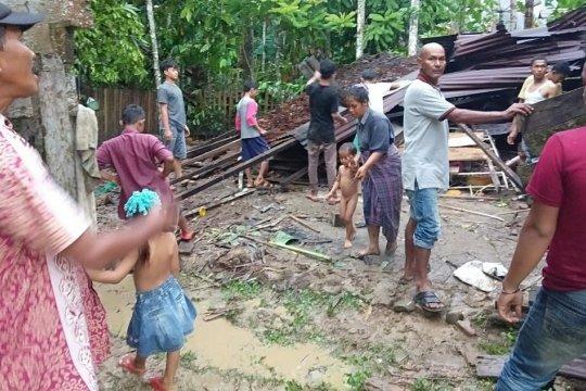 Angin Kencang Hantam Lima Rumah Hingga Rusak di Aceh Utara