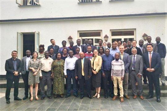 Puskes TNI berbagi pengalaman kesiapsiagaan nasional di Uganda