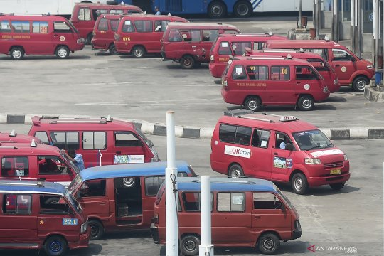 Daya tahan angkutan umum tinggal sebulan