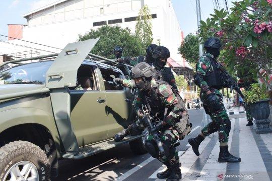 Imparsial: Pengerahan militer tangani terorisme harus selektif