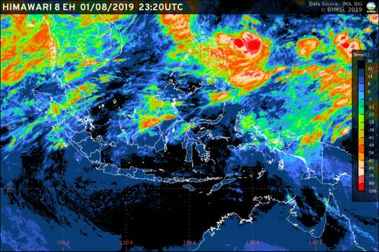 Cuaca cerah mengawali pagi Jakarta hari ini