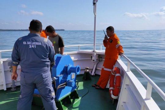 Basarnas : Pencarian korban kapal terbakar terkendala gelombang tinggi
