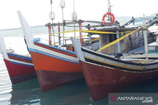 Satpolair amankan tiga kapal trawl di perairan Pongok Bangka