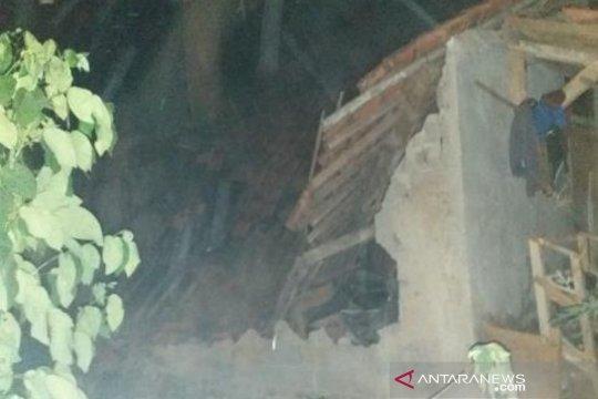 Satu rumah ambruk dan lima rusak di Bandung Barat akibat gempa Banten