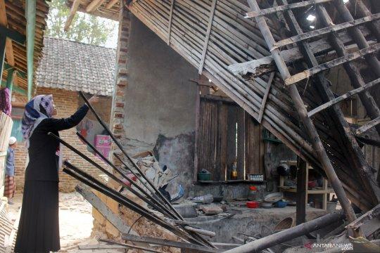 Garut, Sukabumi, Bandung, terdampak gempa Banten